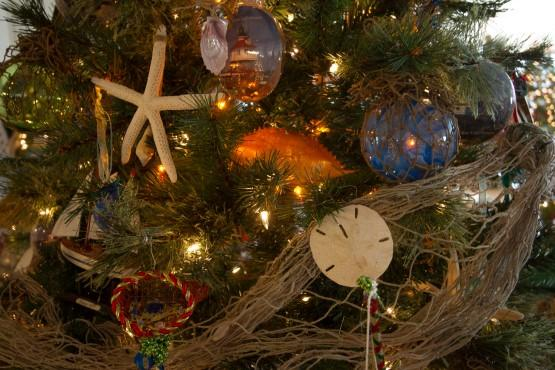 Calvert hospice festival of trees family gives back for Frederick county fairgrounds christmas craft show
