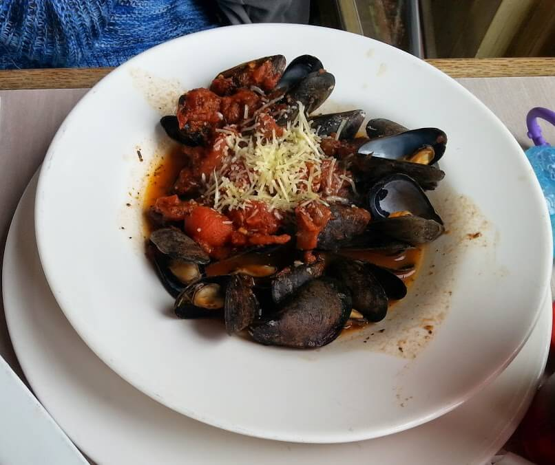 Neptune's Seafood Pub: Classic Food With A Twist