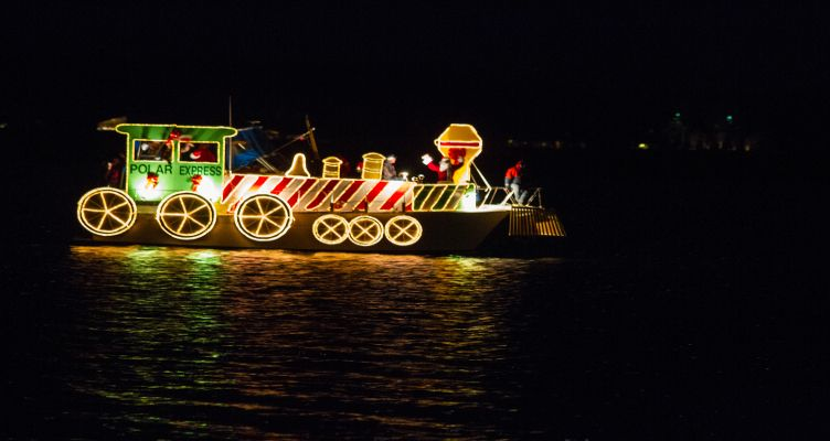 Solomons Lighted Boat Parade